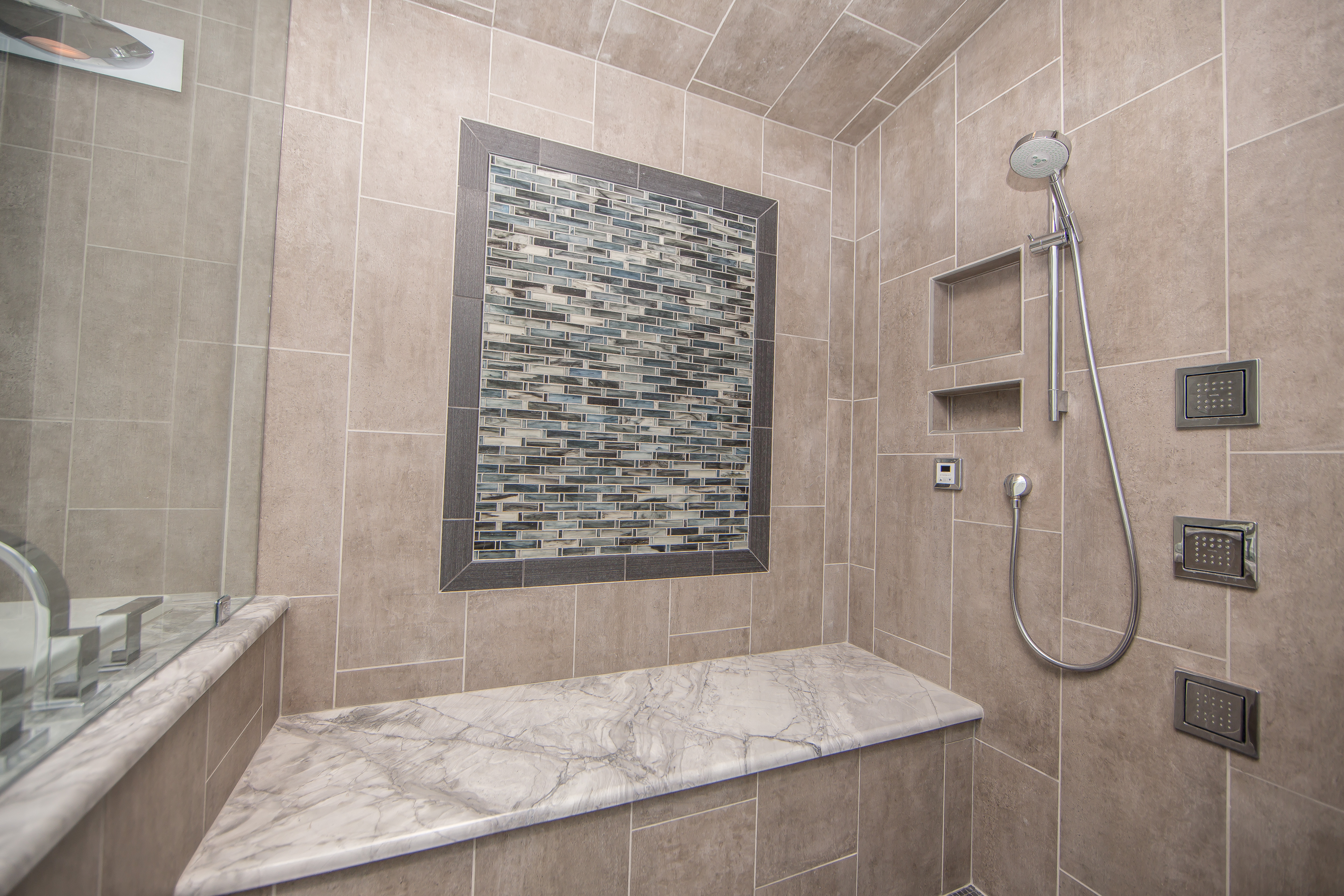 The Mural Border Repeats The Glazed, Porcelain Tile From The Flashback  Series And Was Also Cut On Site From 12 X 24 Inch Tile To 3 X 24 Inch  Pieces.